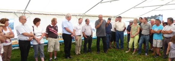 De nombreux élus, le représentant de lEtat pour saluer le travail accompli.